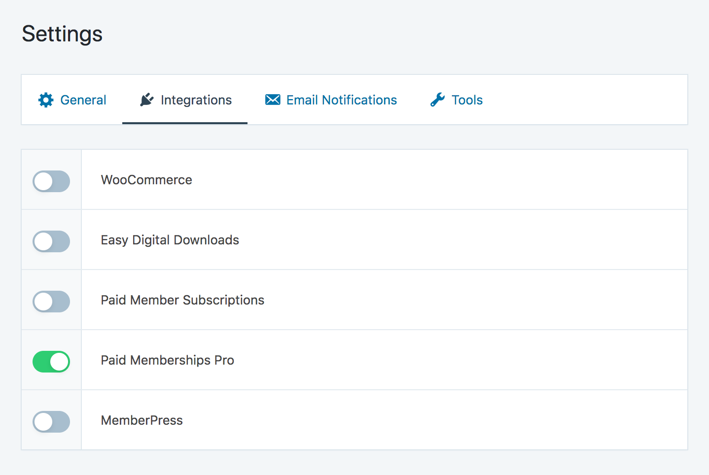 Enabling Paid Memberships Pro integration in SliceWP settings page.